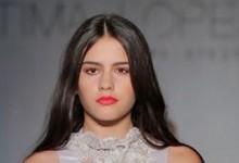 Modelo Courense Sandra Fernandes desfila em Paris