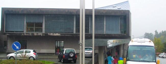 Pais criticam horário da Escola Primária