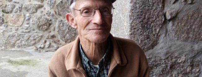 CASTANHEIRA: ALBERTO BARREIRO, O HOMEM DOS BOIS